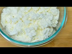 Ricotta, Homemade Cottage Cheese, Queijo Cottage, Macaroon Recipes, Quick Recipes, Macaroons, Make It Yourself, Food, Fast Recipes