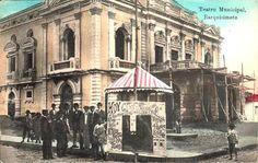 """El #Teatro #Juares ubicado en la Carrera 19 con Calle 25, en el centro de la ciudad de #Barquisimeto, en el estado Lara,Venezuela. Fue inaugurado en el año 1905 con el nombre de """"Teatro Municipal"""". Con más de 100 años, se le han realizados diversas reformas, y ha constituido un icono cultural para la ciudad, en donde se realizan espectáculos y manifestaciones culturales, lo que también es de atractivo para los turistas."""