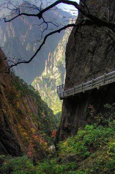 Cliff Trail, Huang Shan, China