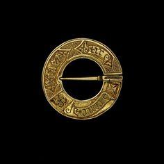 Brooch: Europe    Date 1400-1500 (made)