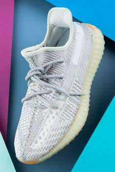 Sneakers Fashion, Fashion Shoes, Adidas Yeezy 350 V2, Aesthetic Shoes, Hype Shoes, School Shoes, Cheap Shoes, Custom Shoes, Yeezy Boost