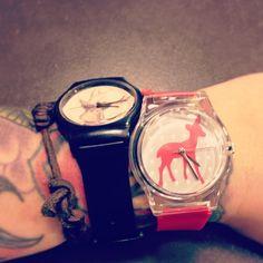 @kranate jaunais mazulītis #may28th #red #black #plastic #watches