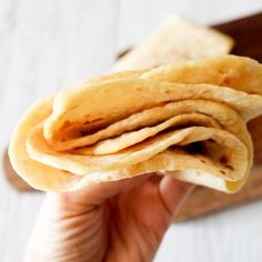 Two Ingredient Clean Eating Soft Tortillas – Clean Eating with kids – kids friendly meals Detox Breakfast, Breakfast Recipes, Snack Recipes, Healthy Recipes, Bread Recipes, Healthy Options, Healthy Foods, Healthy Weeknight Meals, Easy Meals