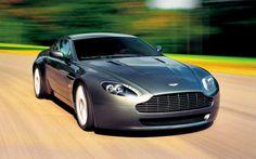 Aston Martin V8 Vantage. You can download this image in resolution 2048x1536 having visited our website. Вы можете скачать данное изображение в разрешении 2048x1536 c нашего сайта.