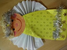Hand Fan, Advent, Winter, Crafts, Manualidades, Winter Time, Handmade Crafts, Craft, Arts And Crafts