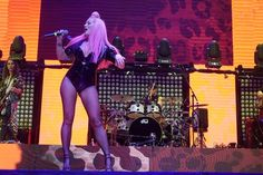Celebs, Tights, Concert, Navy Tights, Celebrities, Panty Hose, Hosiery, Celebrity, Thighs