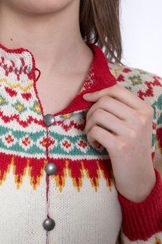 DSA19-01 Sonjajakken | Du Store Alpakka Fair Isles, Crochet Necklace, Store, Fashion, Moda, Fashion Styles, Larger, Fashion Illustrations, Shop