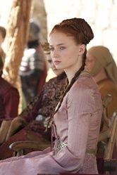 Sansa Stark (Sophie Turner) behind the scenes of Game of Thrones season 2 Costumes Game Of Thrones, Game Of Thrones Dress, Game Of Thrones Sansa, Game Of Thrones Series, Sansa Stark, Medieval Hairstyles, Braided Hairstyles, Hbo Tv Series, Costumes For Women
