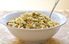 אורז עם פולים Risotto, Grains, Rice, Ethnic Recipes, Food, Essen, Meals, Seeds, Yemek
