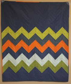 adore this chevron quilt! need to figure it out and make one. :)