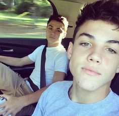 Can totally tell they are younger but they are still so cute. Especially Grayson.