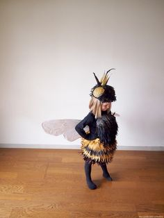Thinking about Halloween already? This costume is the bees knees || The Cardboard Collective