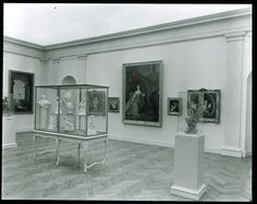 """The Metropolitan Museum of Art: """"French Painting and Sculpture of the Eighteenth Century,"""" (November 6, 1935-January 5, 1936). Photographed in 1935. Image © The Metropolitan Museum of Art"""