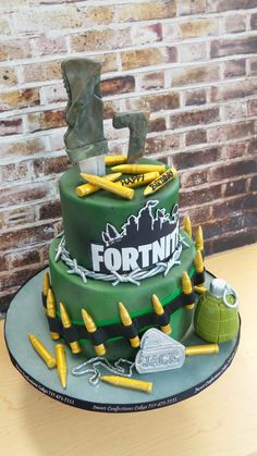 Love this fortnite game themed cake