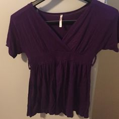 Rue 21 Peplum Top Rue 21 Peplum Top, has loops for a belt, but did not come with one. Rue 21 Tops Blouses