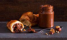 São precisos apenas 5 ingredientes para fazer este creme de chocolate e avelã. Um creme caseiro irresistível feito por si!