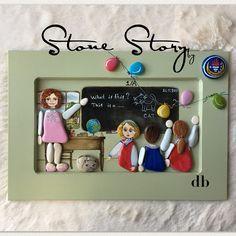 "357 Beğenme, 28 Yorum - Instagram'da Stone Story by db(Duygu Bayer) (@stone_story_by_db): ""Öğretmenlik en kutsal mesleklerden bir tanesidir.Mesleğine gönülden bağlı Tüm idealist…"" Stone Crafts, Rock Crafts, Painted Rocks, Hand Painted, Pebble Art Family, Board Decoration, Story Instagram, Pebble Painting, Driftwood Art"