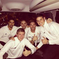 SergioRamosA seguir  Hala Madrid..!!