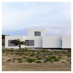 Paros House I by John Pawson Photography: Douglas Tuck - Architecture Chinese Architecture, Futuristic Architecture, Amazing Architecture, Interior Architecture, John Pawson, Richard Neutra, Building Images, Archi Design, Steven Holl