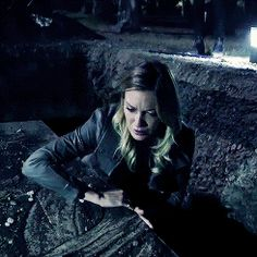 Proof that Laurel Lance is made completely out of steel!!!