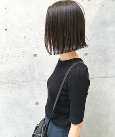 いいね!146件、コメント5件 ― 種部 裕大さん(@taneccho)のInstagramアカウント: 「ダークアッシュグレージュ★ ・ ・ ケアカラーでダメージレスに仕上げるグレージュカラー♪ ・ ・ パツッとしたボブにも相性バッチリのカラー!! ・ ・ *赤みをしっかりと抑えたい方…」 Short Hairstyles For Women, Straight Hairstyles, Cool Hairstyles, Cabello Hair, Hair Arrange, Hair Color And Cut, Girl Short Hair, Face Hair, Hair Designs