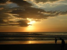 Atardecer,  playa de Corinto, Nicaragua
