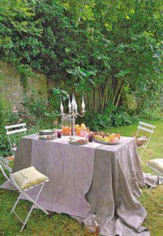 vivir en el campo outdoor dining