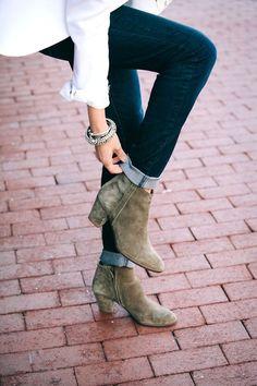 Buggy Designs Blog: Fall Boot Favorites