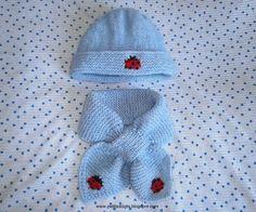 Une troisième écharpe feuille, mais cette fois-ci avec une coccinelle en jacquard mais elle peut être brodée une fois le tricot terminé et ...