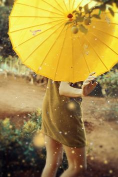 ~taKing a sweet waLk in thE sun <3 ... JusT tO sEE mY umBReLLa  iLLUminaTe ... ~*  ... Denise Sage Schmidt <3