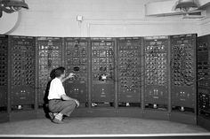 This is an early version of the modern computer from 1949. /Nasa (Naca)