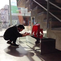 321 concurso fotográfico en marcha! .  #showroom #pepecabrera #pepecabrerastudio #denia #design #interiordesign #architecture #inspiration #arquitectura #decor #designer #homedecor #style #home #decoracion #vsco #interiorismo #vscocam #archilovers #uberkreative #myoklatyle #rum_id #dinesen #styling #furniture #igersvalencia