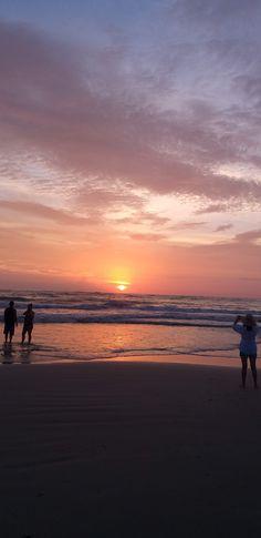 Amooo praia, o amanhecer e o pôr do sol me encanta...