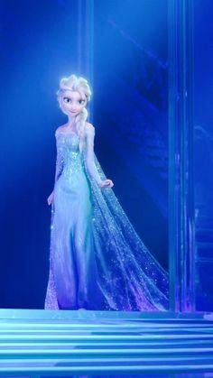 Queen Elsa of Arendelle - Disney's Frozen ❄️