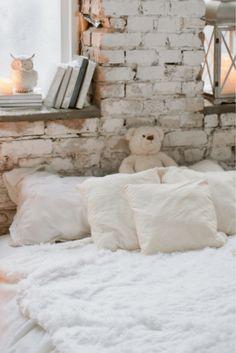 Wonderful romantic bedroom ideas on this favorite site Bedroom 2017, Fancy Bedroom, Simple Bedroom Decor, Cute Bedroom Ideas, Modern Master Bedroom, Modern Bedrooms, Budget Bedroom, Pretty Bedroom, Shabby Chic Bedrooms
