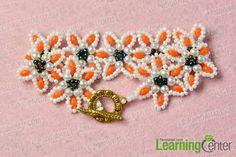 Finish the flower beaded bracelet