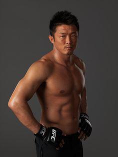 Yoshihiro Akiyama ~ middleweight (185 lb)  ~ Judoka