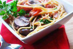 Spaghetti with Red Wine and Mushroom Sauce