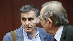 Greek Finance Minister Euclid Tsakalotos (L) and Italian Finance Minister Pier Carlo Padoan (R) during an Eurogroup finance ministers meeting in Brussels, Belgium, 24 May The Eurogroup countries Brussels Belgium, Einstein, Countries, Greece, Finance, Greece Country
