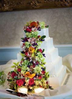 FLOWERS Wedding Cakes Photos on WeddingWire