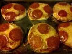 mini homemade pizzas