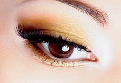 Maquillaje para ojos café