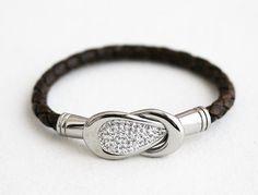 Women's+Leather+Bracelet/+Metallic+by+nayring+on+Etsy