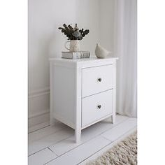 Chest of Drawers in White Cotswold ,Bedside Cabinet , Different Sizes Available