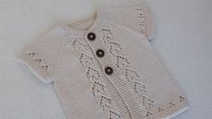 Ajurlu Kalp Desenli Yelek Yapımı The Effective Pictures We Offer You About Knitting diy A quality picture can tell you many things. Baby Dress Patterns, Heart Patterns, Baby Knitting Patterns, Kids Vest, Cardigan Design, Moda Emo, Baby Girl Crochet, Baby Vest, Vest Pattern