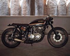 Stone walled. 1977 CB750 K7 Brat Cafe Racer built Luri Castaldi of Italy's Iron Pirate Garage.