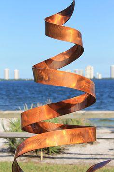 Outdoor Sculpture, Outdoor Art, Indoor Outdoor, Beach Landscape, Landscape Design, Low Water Landscaping, Metal Fire Pit, Metal Art Projects, Garden Art