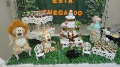 Chá de bebê tema Safari! Children, Baby Boy Shower, Cake Baby, Cakes Baby Showers, Art Cakes, Kids Part, Events, Young Children, Boys