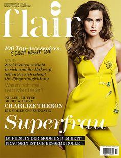 Im Mittelpunkt der neuen flair im Oktober steht die SUPERFRAU. Frau sein ist die bessere Rolle: In der Mode, im Film und im Buch darf die Frau alles. Sie nimmt unterschiedliche Rollen ein.