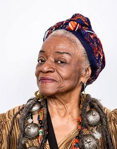 Rachel Clark, Faith Ringgold, History Of Quilting, Names Of Artists, Fashion Over 50, Civil Rights, Suzy, Female Art, Childrens Books